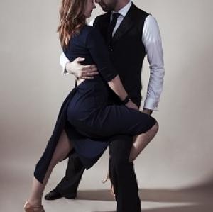 5 stiluri de dans pentru veri memorabile