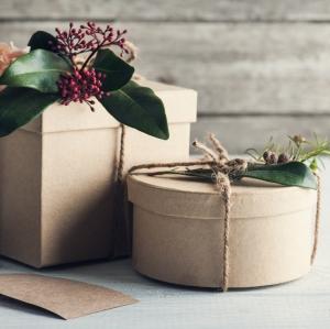 7 idei de cadouri pentru tinerii casatoriti