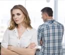 Patru obiceiuri care îi îndepărtează pe cei din jur de lângă tine
