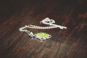 Cel mai simplu mod de a-ti curata bijuteriile
