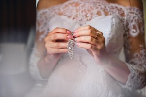 Cum iti pregatesti manichiura pentru nunta: sfaturi si recomandari