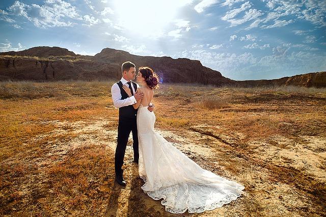 Tot ce trebuie sa stii despre alegerea parfumului ideal pentru ziua nuntii