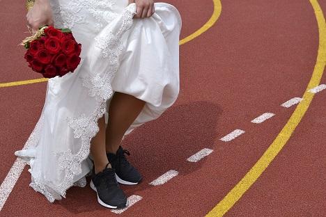 Mireasa in adidasi: de ce sa alegi o nunta sport