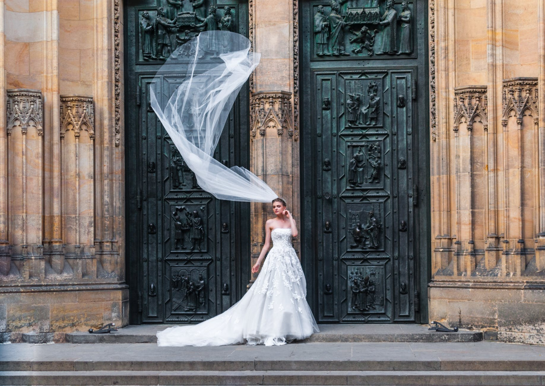 Cum iti ingrijesti rochia de mireasa inainte, in ziua si dupa nunta