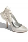 Inspira-te: idei de pantofi pentru o mireasa eleganta