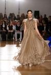Top 10 cele mai frumoase rochii semnate de designeri romani