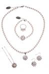 Accesorii si seturi de bijuterii pentru mirese elegante
