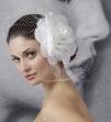 Rochii de mireasa, accesorii de par si voalete de la Bella Sposa
