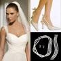 Vaneaza setul complet: rochia de mireasa, bijuteriile si pantofii!