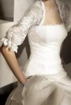 Modele de bolero: idei in functie de tipul rochiei de mireasa