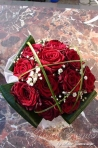 Buchete trandafiri rosii: modele si preturi