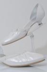 Pantofi de mireasa cu toc mic: modele si preturi
