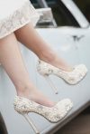 Pantofi de mireasa extravaganti - tendinte 2014