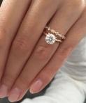 6 lucruri pe care sa nu le postezi pe Facebook dupa ce te logodesti