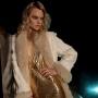 Trend alert toamna 2010: rochii de ocazie