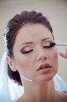 Sfatul make-up artistului: trucuri de efect pentru un machiaj rezistent