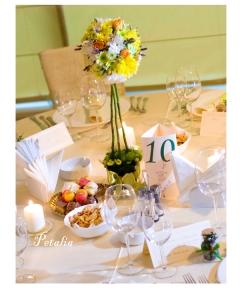 Decoratiuni mese nunta moderne