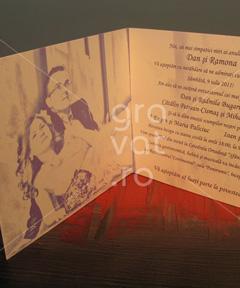 Invitatii de nunta personalizate poza mirilor 2