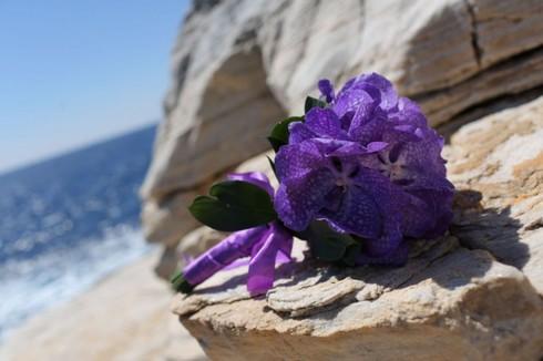 Buchet din orhidee Vanda mov; Pret: 260 lei