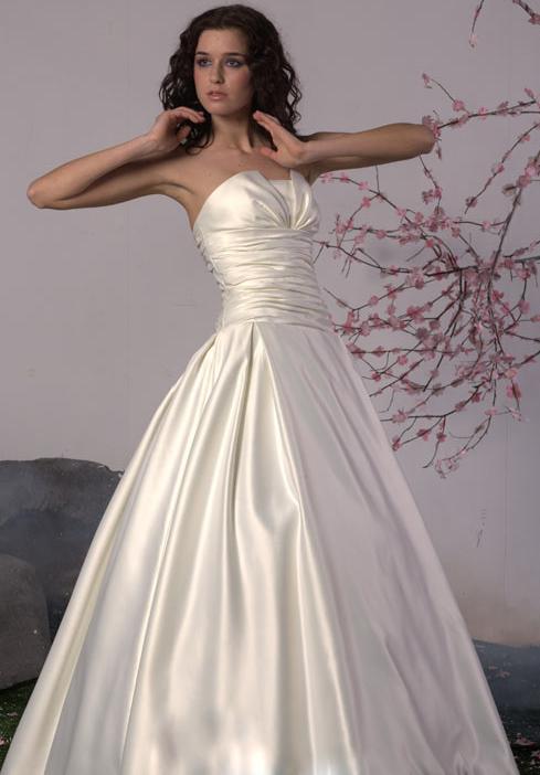rochie de mireasa de bal