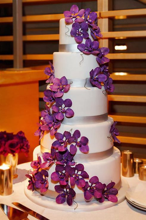 Tortul miresei Radiant Orchid