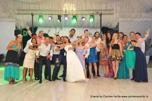 Distractie la nunta