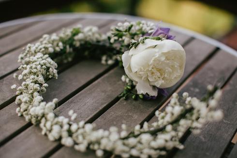 Coronita de flori pentru mireasa
