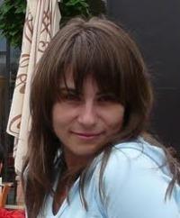 Madalina Grosu, Agentia de turism Happy Tour
