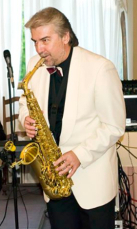 Dan Ionescu, manager si instrumentist
