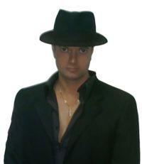 Bogdan, director si instrumentist