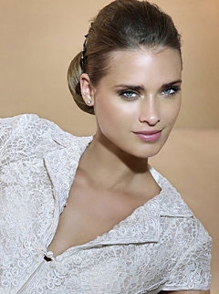 mireasa cu make-up natural