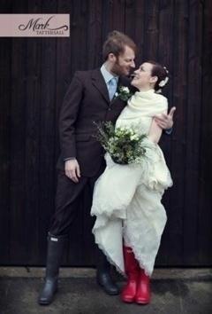 Cizme rosii la nunta