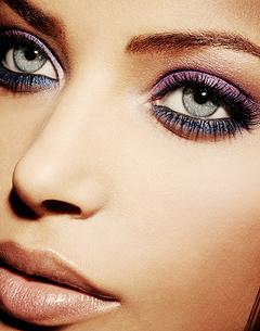 Sfaturi de make-up pt ochi albastri