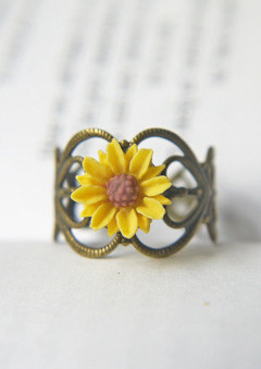 Brosa floarea soarelui