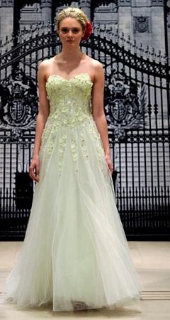 rochie de mireasa verde crud