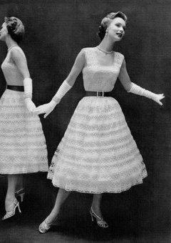 Rochie de mireasa crosetata purtata in anii 50