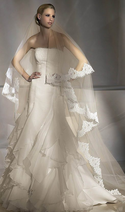 rochie de mireasa La Novia