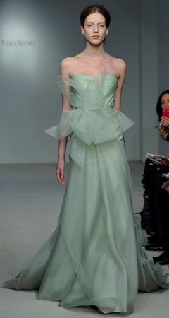 rochie de mireasa verde