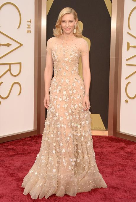 Cate Blanchett in rochie Giorgio Armani