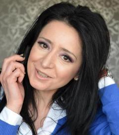 Carmen Belcin, designer floral la FlowerbyCarmen