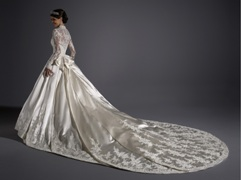 Rochie de mireasa pe stil Kate Middleton
