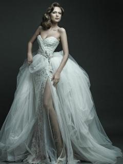 Rochie de  mireasa din colectia 2012