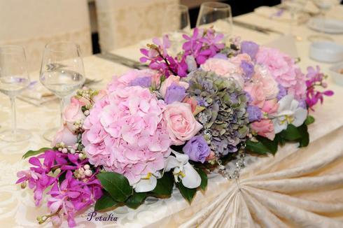 Aranjament floral pentru masa de prezidiu