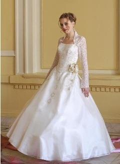 Rochie de mireasa pe stil Kate