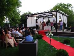Nunta pe covorul rosu