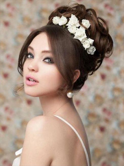 Coafuri romantice de mireasa