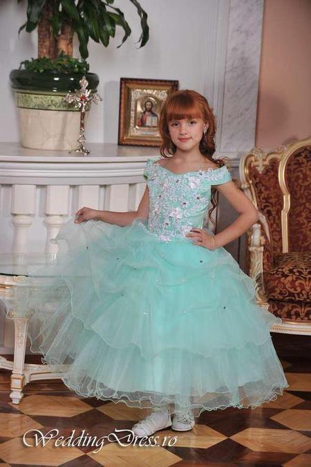 Rochie de nunta pentru fetite