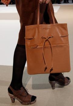 Модные сумки весна-лето 2011 от Rochas.