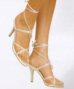 model sandale cu barete mireasa