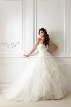 rochie de mireasa 2013